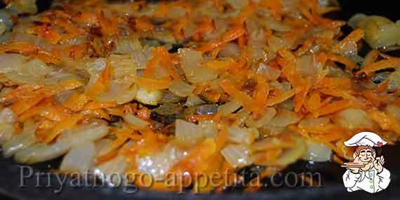 пассерованный лук с морковью