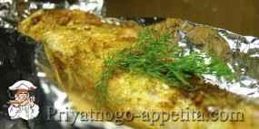 Рыба в фольге с розмарином