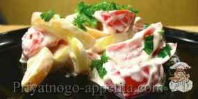 Салат из помидоров со сметаной