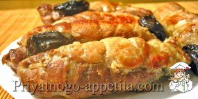 Колбаски с черносливом и рисом