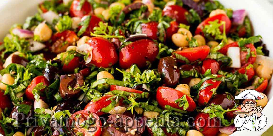 Салат из консервированных помидор