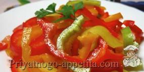 Простой салат из болгарского перца