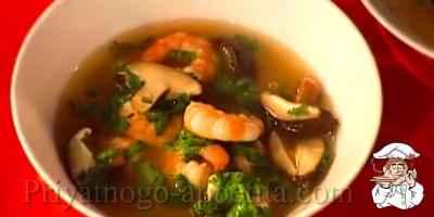 Суп с креветками и грибами
