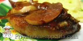Котлеты натуральные из мяса кабана с яблоками