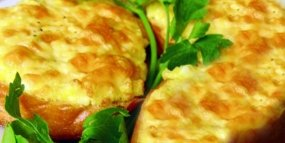 Гренки с сыром и колбасой