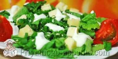 Зеленый салат с брынзой