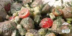 Салат из маринованных грибов с картофелем
