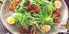 Салат с грибами и беконом