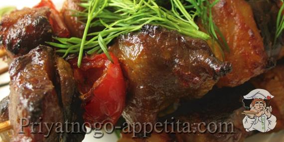 Шашлык в духовке со свининой и овощами