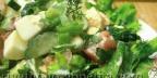 Салат из шпината горкой