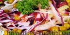 Салат из капусты и зеленого горошка