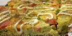 Яичная запеканка с кабачками и колбасой