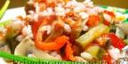 Салат из тунца и маринованного болгарского перца.