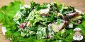 Салат из огурцов и редиски