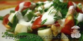 Салат из помидор, щавеля и яиц