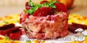 Мясной салат со свеклой