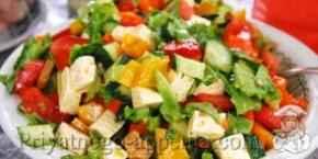 Простой салат с брынзой