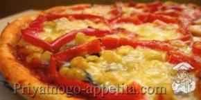 Пицца с грибами и кукурузой